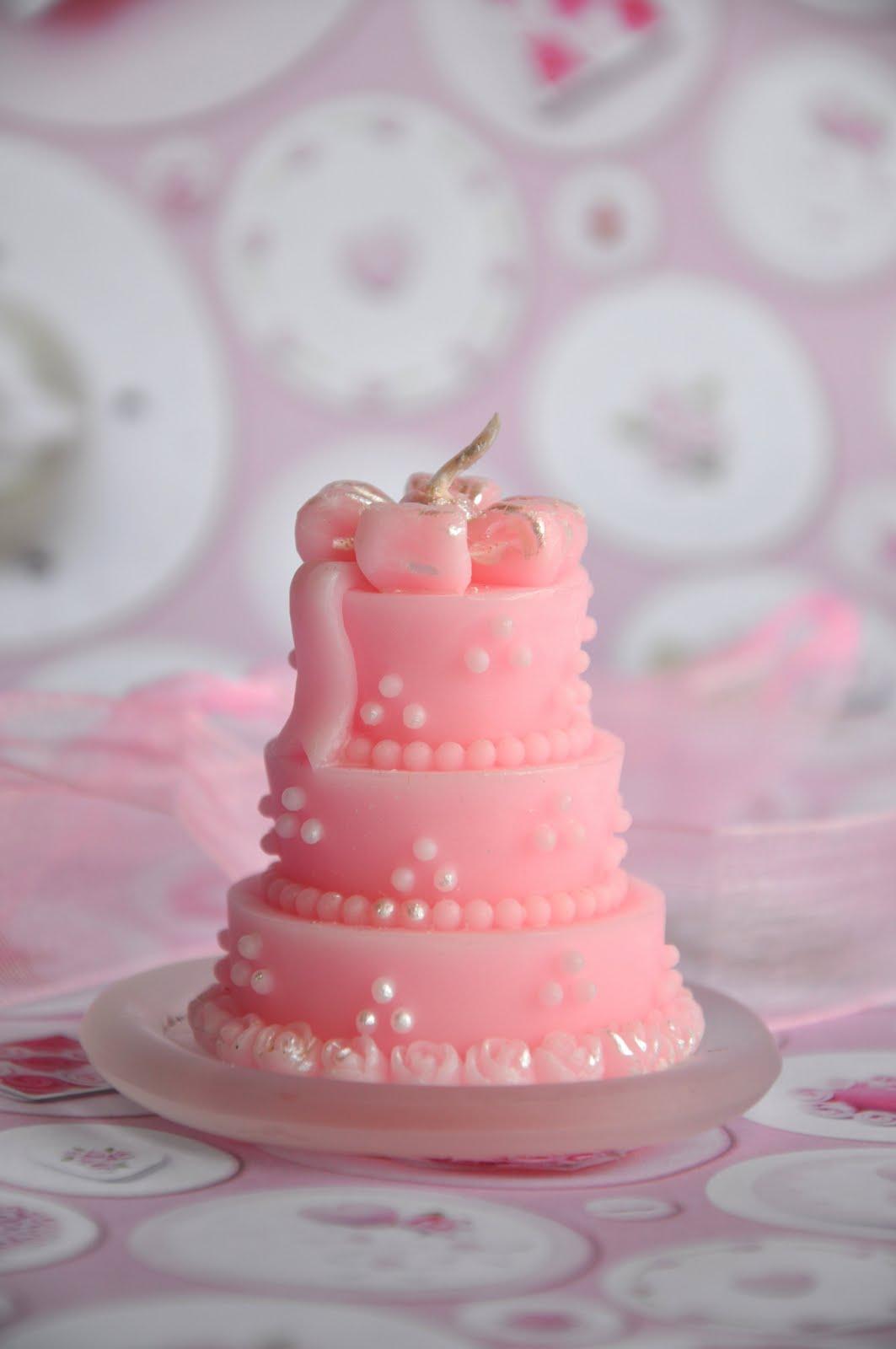 Wunderbar Wedding Cake Candle Favors Bilder - Brautkleider Ideen ...